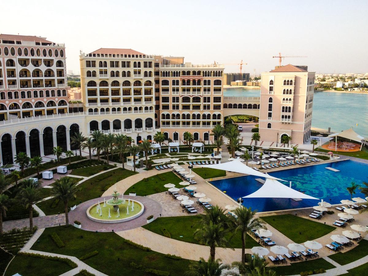 UAE: The Ritz-Carlton Abu Dhabi Grand Canal- Breezing Through