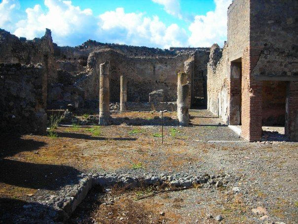 Pompeii In A Day | Breezing Through