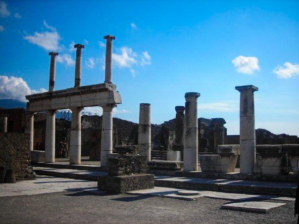 Pompeii In A Day   Breezing Through