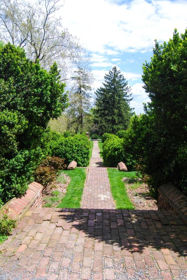 Virginia: Morven Park   Breezing Through